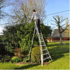 Henchman 6ft Tripod Ladder - 3 Leg Adjustable